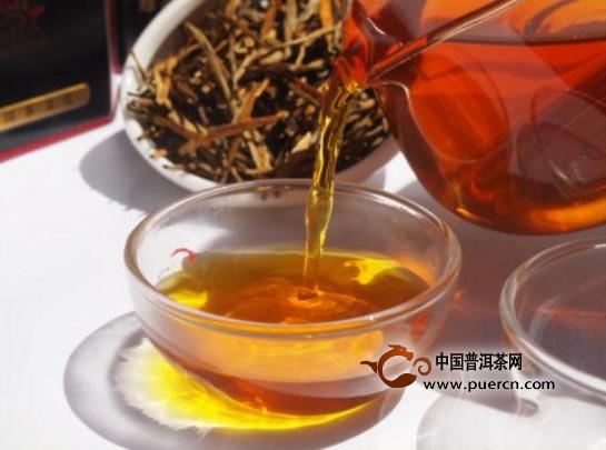 到底滇红茶该怎么冲泡?