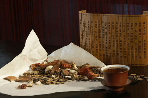 喝西湖龙井茶真的会解药效吗?