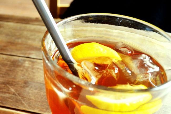 夏天喝什么茶夏日减肥怎能过错冰红茶