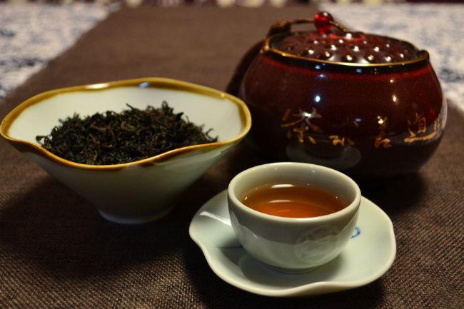 价廉物美的蜂蜜红茶好喝又有减肥的功效