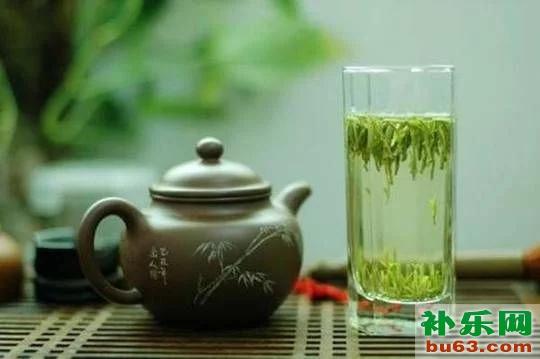 红茶和绿茶有什么区别?分别有什么功效?