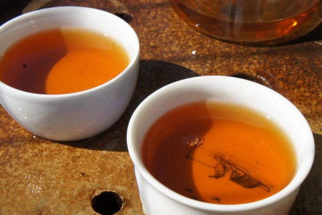 秋冬季养生喝什么茶来看看红茶的功效