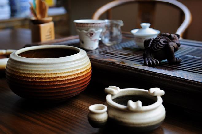 储藏普洱茶:关注温度湿度及异味因素