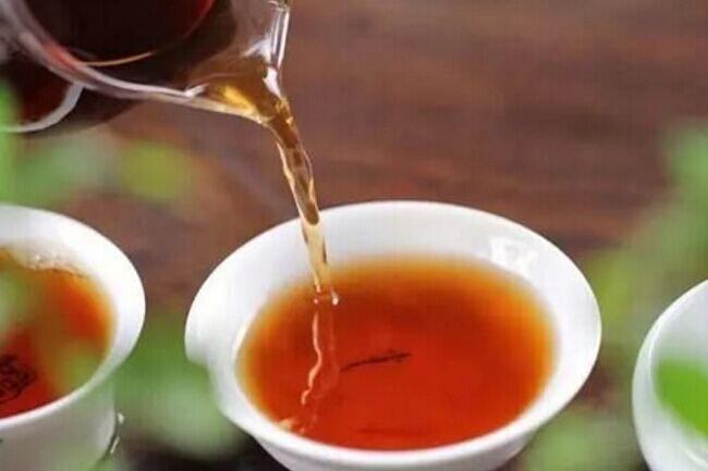 """你知道普洱茶所谓的""""六味""""指什么吗"""