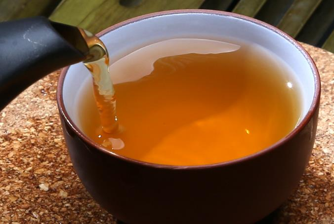 普洱茶功效:菊花普洱茶是好茶也是好药