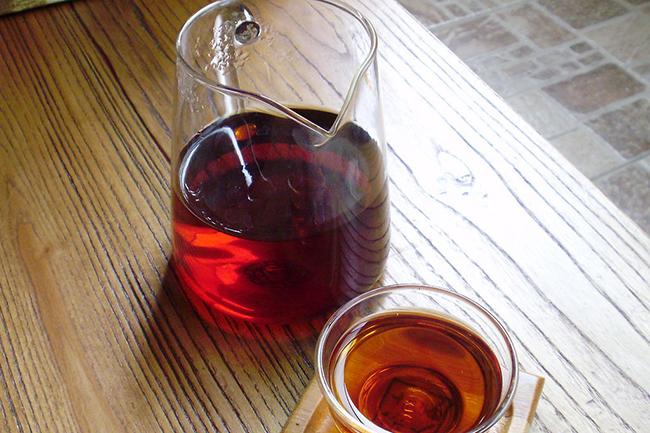普洱茶如何辨识好坏汤色与叶底巧辨认