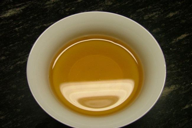 你知道普洱茶汤里面出现黑杂质是什么吗