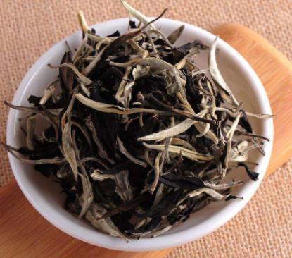 云南白茶是什么茶如何科学饮用云南白茶