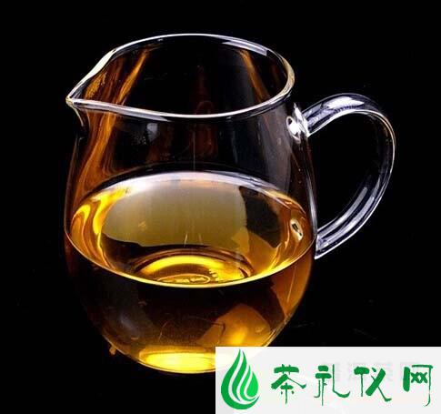 普洱生茶和绿茶有何区别?
