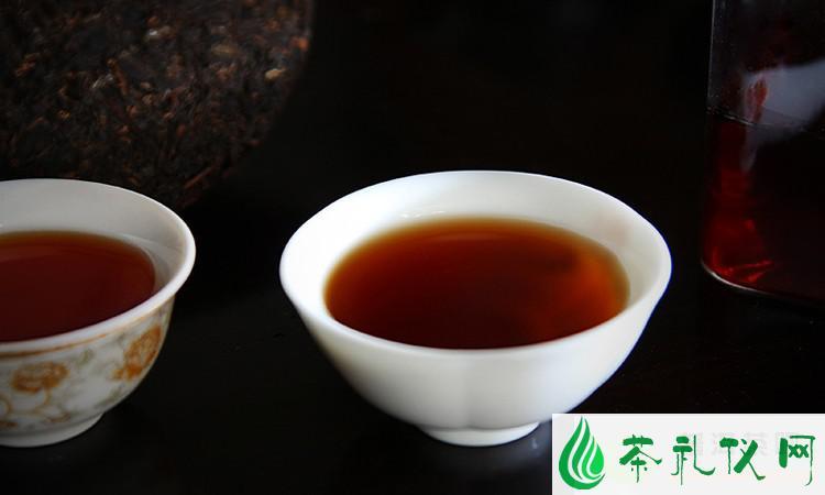 """解析普洱茶""""野菌香"""""""