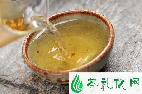 """诠释普洱茶""""烟熏味"""""""