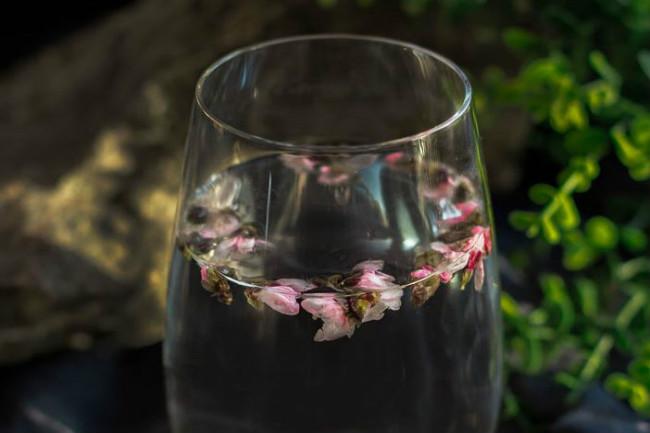 經常飲用桃花茶能不能起到祛斑的作用