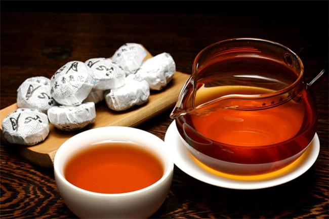 沱茶基于何种条件出现又因何故而出名