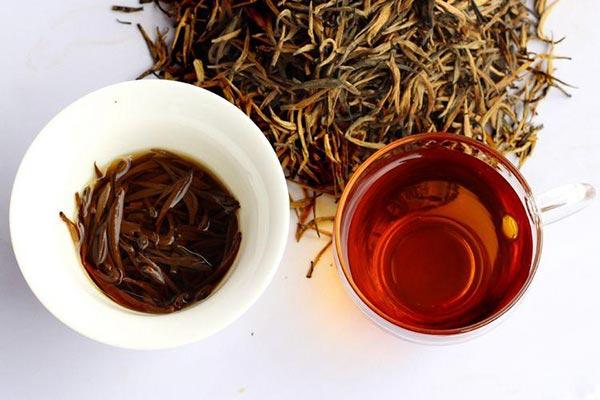 滇红茶采摘标准与等级
