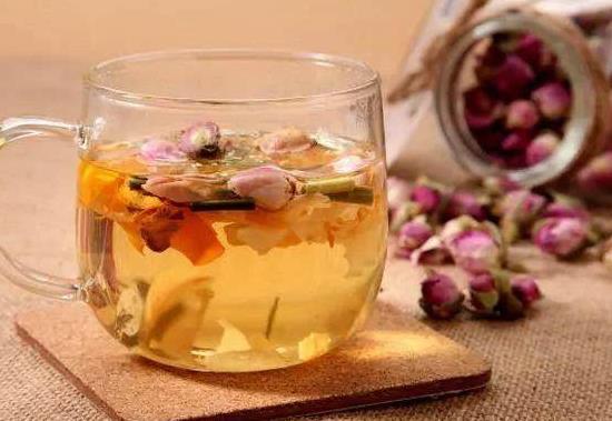 蜂蜜玫瑰花茶的功效和做法!