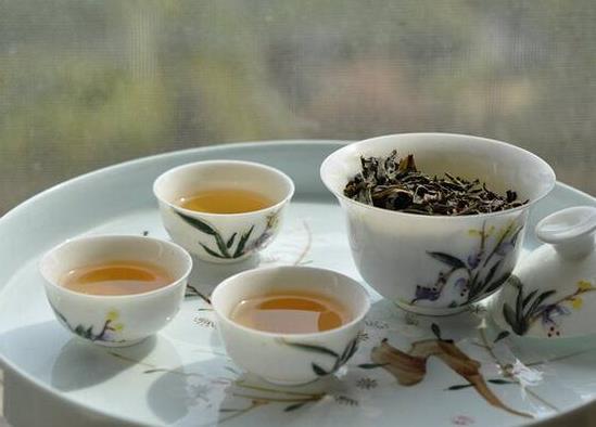适合喝凤凰单丛茶的人群!