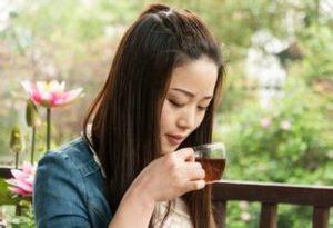 安化黑茶 秋季喝黑茶的功效有哪些!