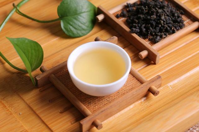 怎么选茶 一分钟教会你挑选好茶叶方法