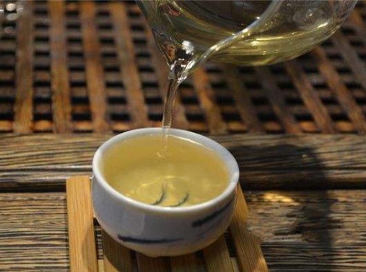 泡茶前怎么洗茶?  什么样的茶叶需要洗