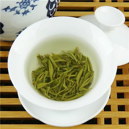 西湖龙井绿茶泡法介绍