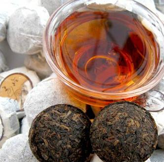 银孔雀普洱茶