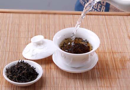 红茶泡制方法