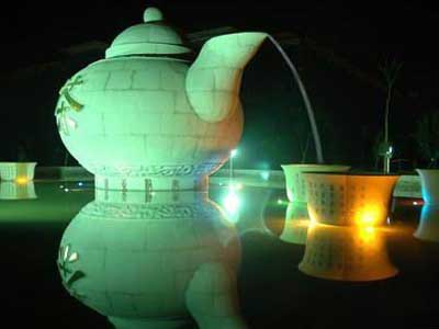 湖北名茶<a href=http://www.chayu.com/baike/396 target=_blank >恩施玉露</a>
